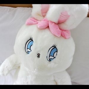 Esther Kim bunny loves you authentic Plush